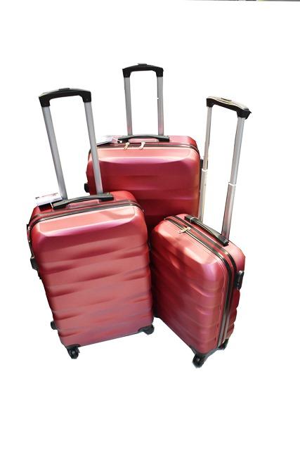 Set kofera za putovanje