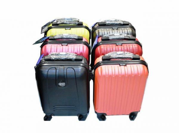 Kofer 40x30x20 za putovanje od ABS plastike