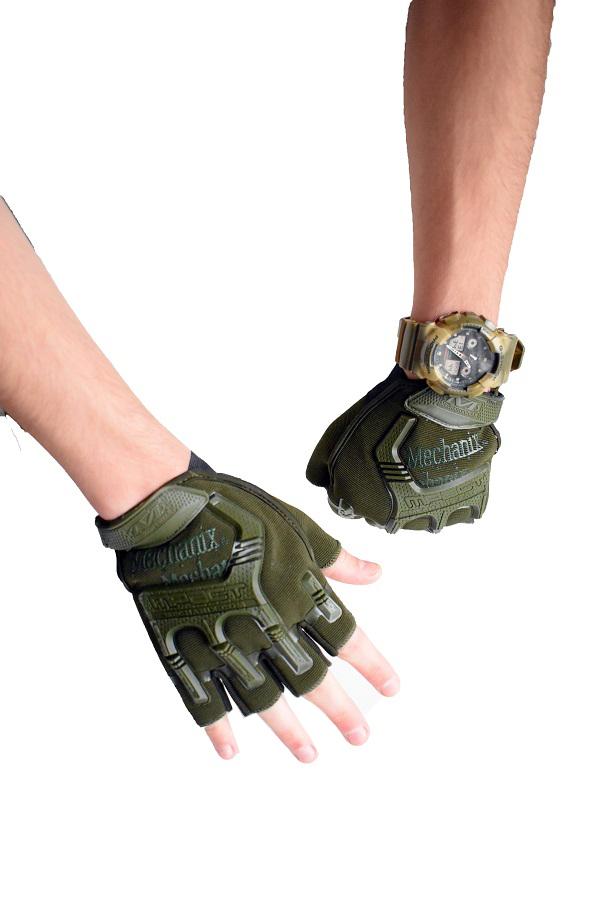 zelene rukavice bez prstiju akcija