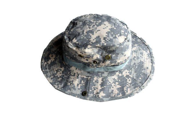 army safari šešir digital boja