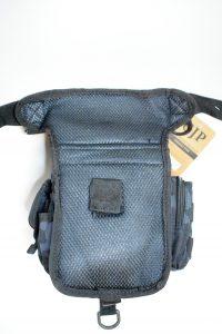 zadnja strana kompakt torbice