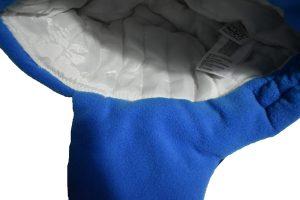 dečija šubara plava unutrašnjost kape