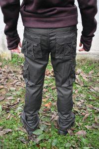 termo pantalone sive pozadi kargo model
